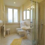 bagno camera hotel villa oda